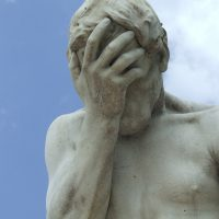Facepalm_fail_statue