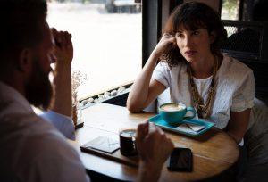 Twijfels aangeven in gesprek